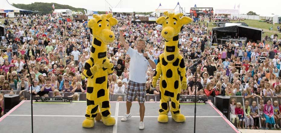Bubber og Langelandsgirafferne åbner festivalen på Langeland